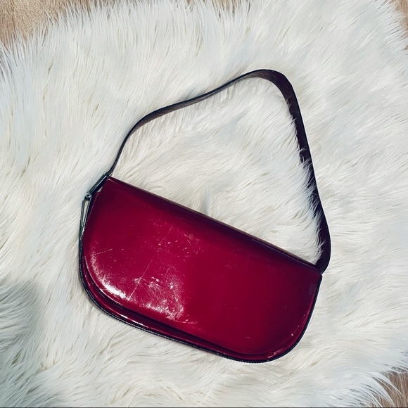 🔴Wine Francesco Biasia Sleek Shoulder Bag